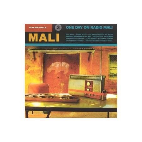 Mali One Day On Radio Mali
